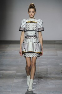 Mary+Katrantzou+Fall+2012+xu9CribsKS8l